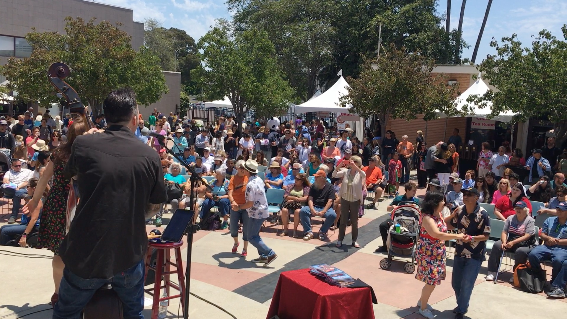 2017 South Bay Festival of the Arts Torino Plaza